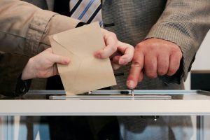 Illegal Voters Brought into State are warned against it by Secretary of State